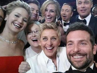 Oscar Selfies: Another Side to the Fun