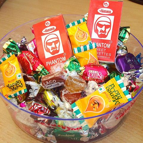 Candy Brand- Bowl of 90s Candies/ Imgrum